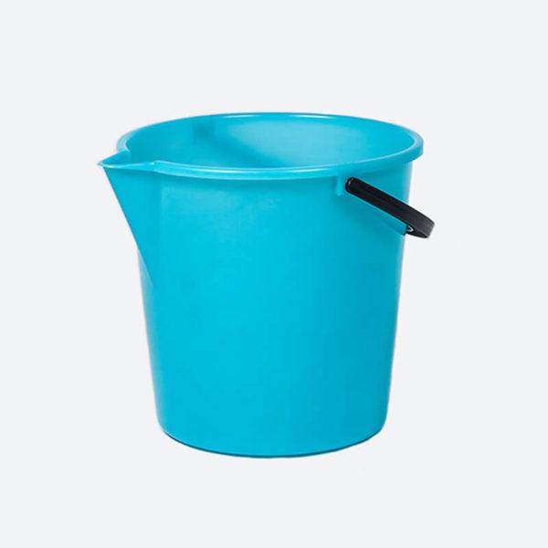 plastic bubbles 12L bucket with spout